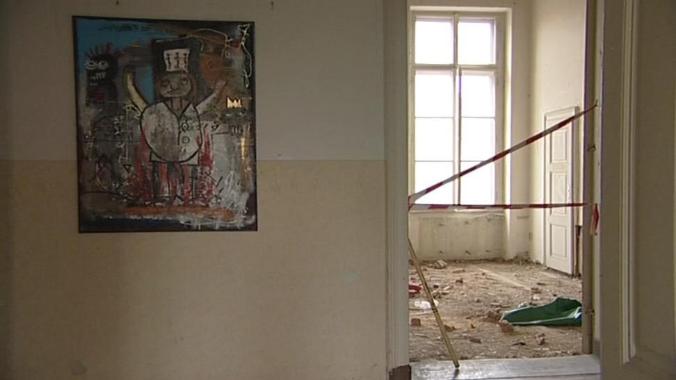 Vybydlený zámek v Bzenci slouží jako výstavní prostory