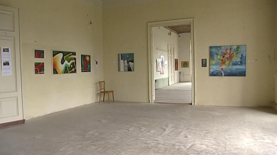 Interiér zámku slouží k příležitostným výstavám