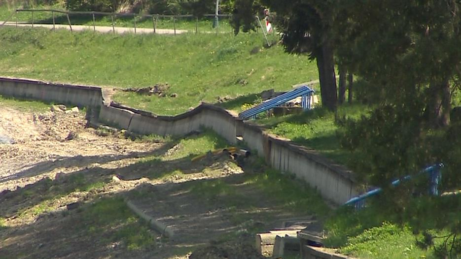 Břehy přehrady v Luhačovicích
