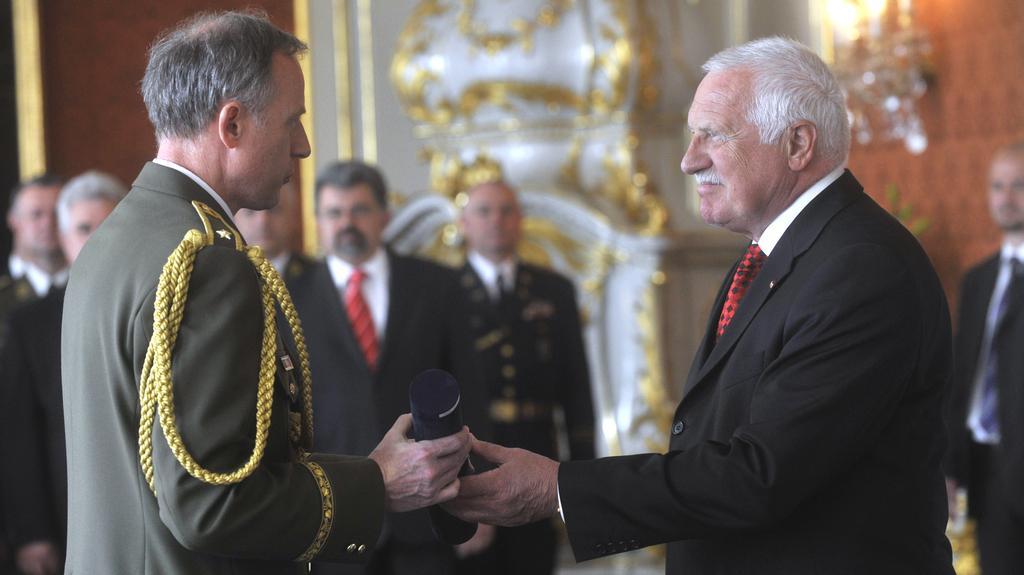 Jaroslav Kocián při generálském povýšení