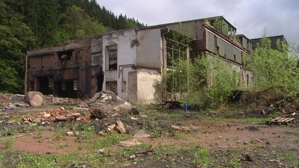 Chátrající objekt bývalé slévárny