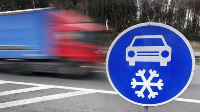 Dopravní značka Zimní výbava