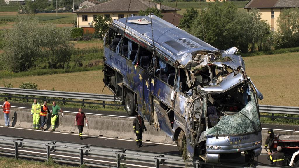 Nehoda autobusu v Itálii
