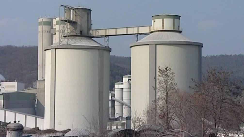 Cementárna v Mokré-Horákově