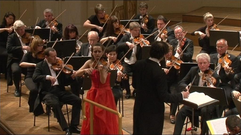 Společné vystoupené filharmonie a německé houslistky Christiny Brabetz