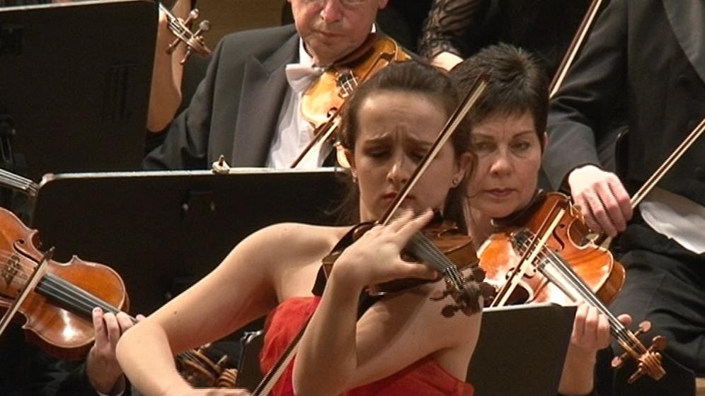 Brněnská filharmonie si zahrála s houslistkou Christinou Brabetz