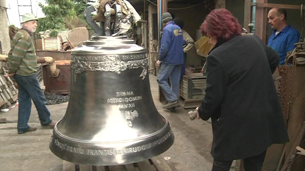 Nový zvon pro katedrálu svatého Víta