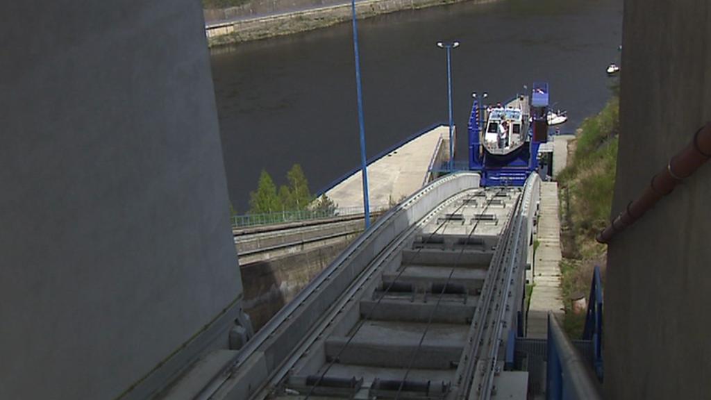 Lodní výtah na Orlické přehradě