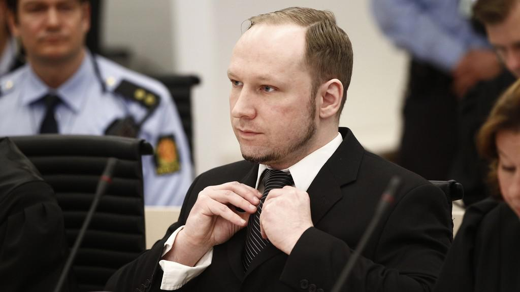 Anders Behring Breivik u soudu