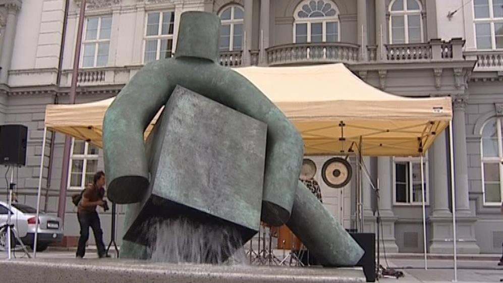 Socha Spravedlnosti od Maria Kotrby