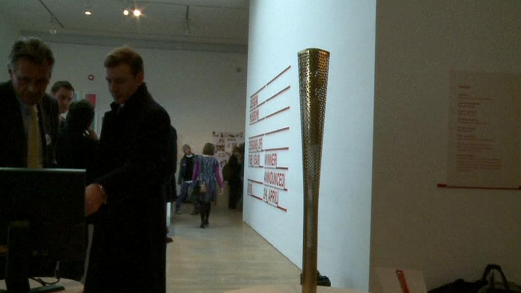 Olympijská pochodeň v Muzeum designu v Londýně