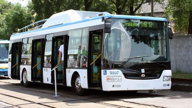 Trolejbus SOR TNB12