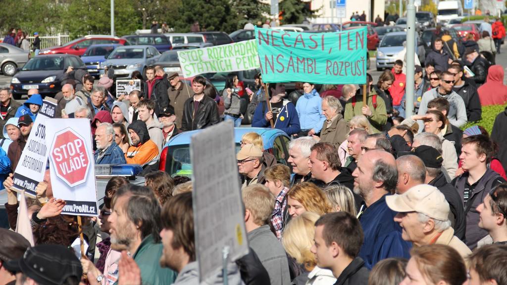 Demonstrace před ČT