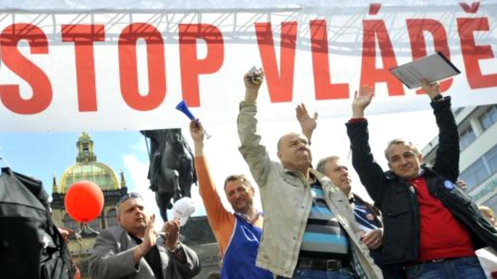 Protestující na Václavském náměstí