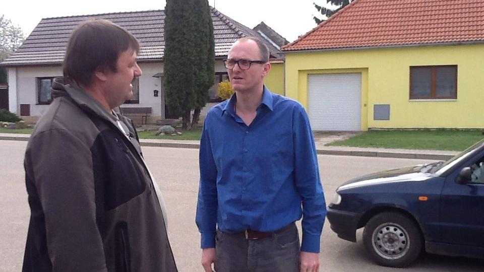 Dokumentarista Robert Kirchhoff se na jeden den stal redaktorem ČT