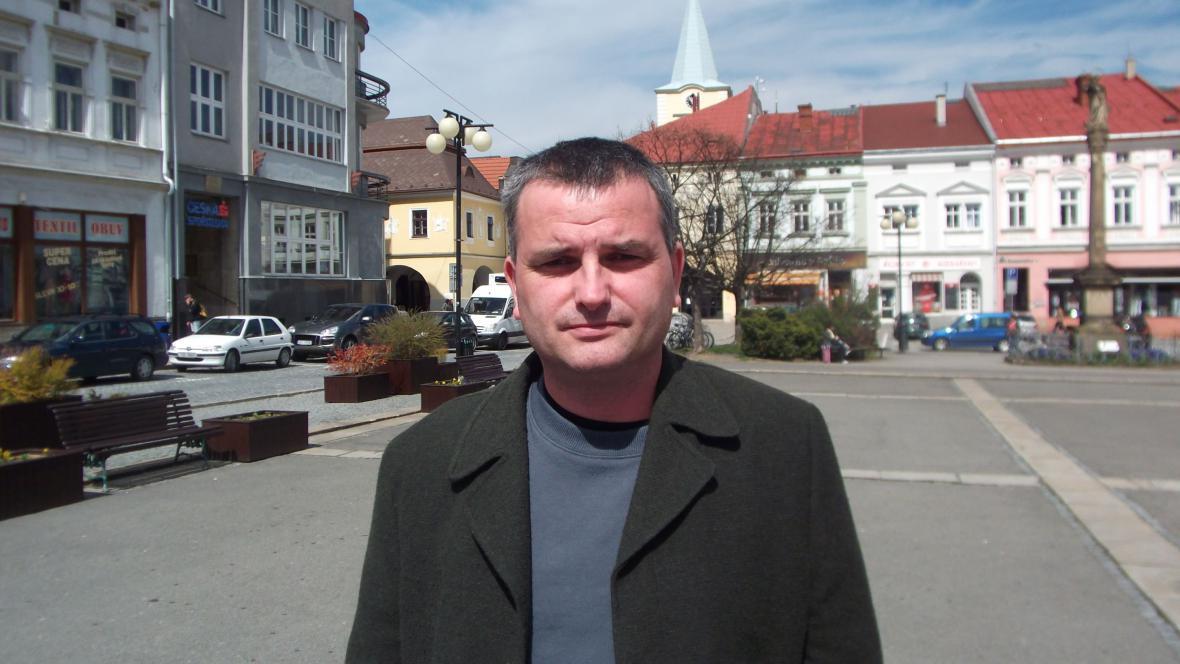 Jan Gogola ml. zpracovává téma ve Valašském Meziříčí