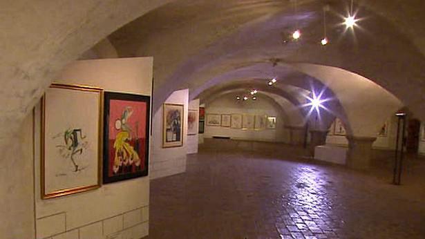 Instalace výstavy Geralda Scarfa