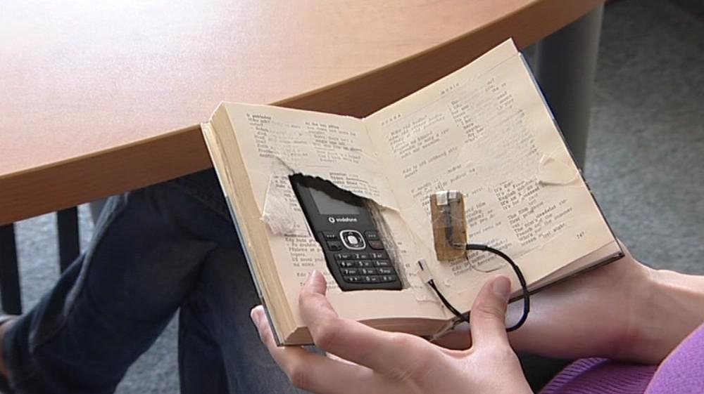 Skrýš na mobil