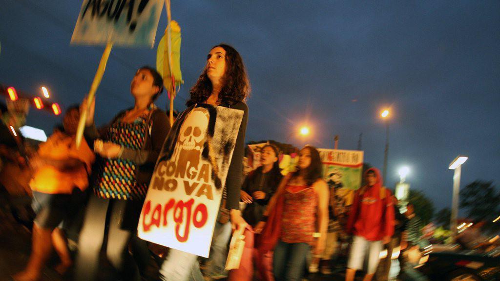 Peruánci vidí v těžbě hrozbu