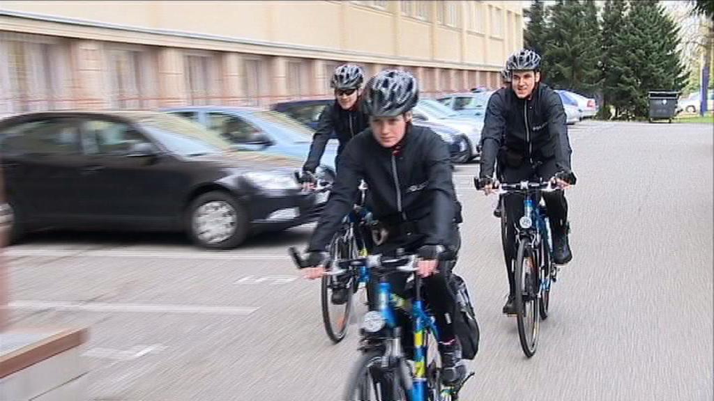 Policisté na kolech
