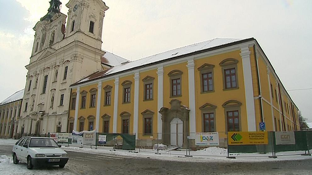 Zrekonstruovaná jezuitská kolej v Uherském Hradišti