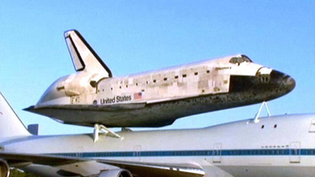 Raketoplán Discovery míří do muzea