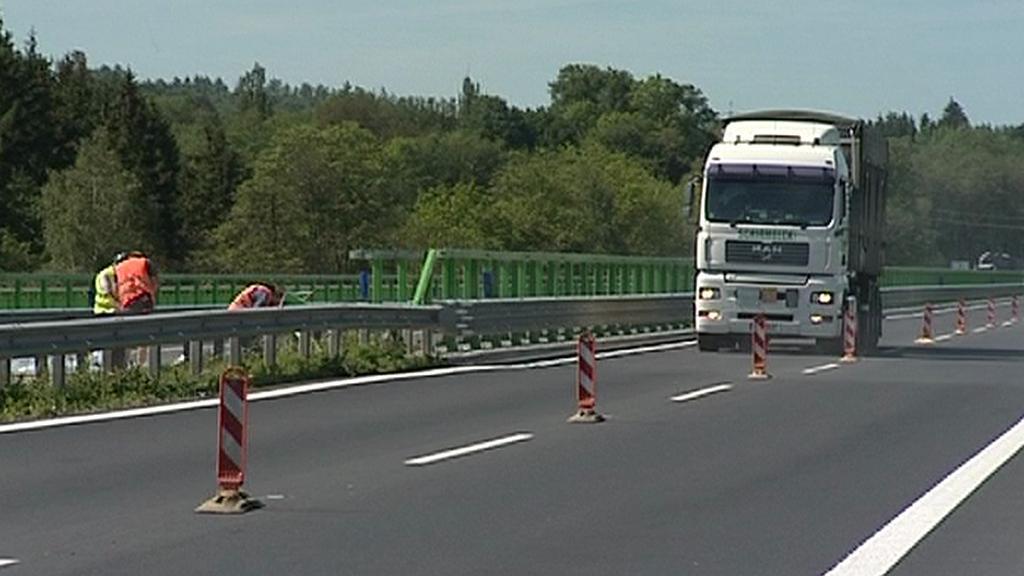 Dopravní omezení na R6