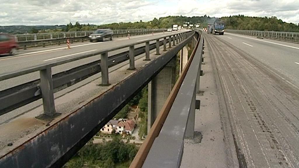 Oprava mostu u Velkého Meziříčí