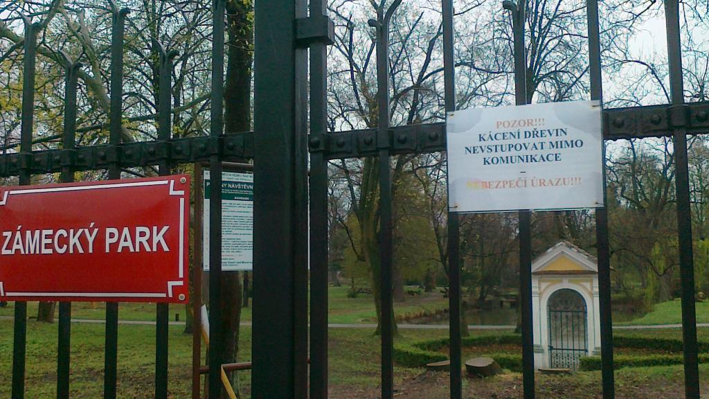 Zámecký park ve Veselí nad Moravou