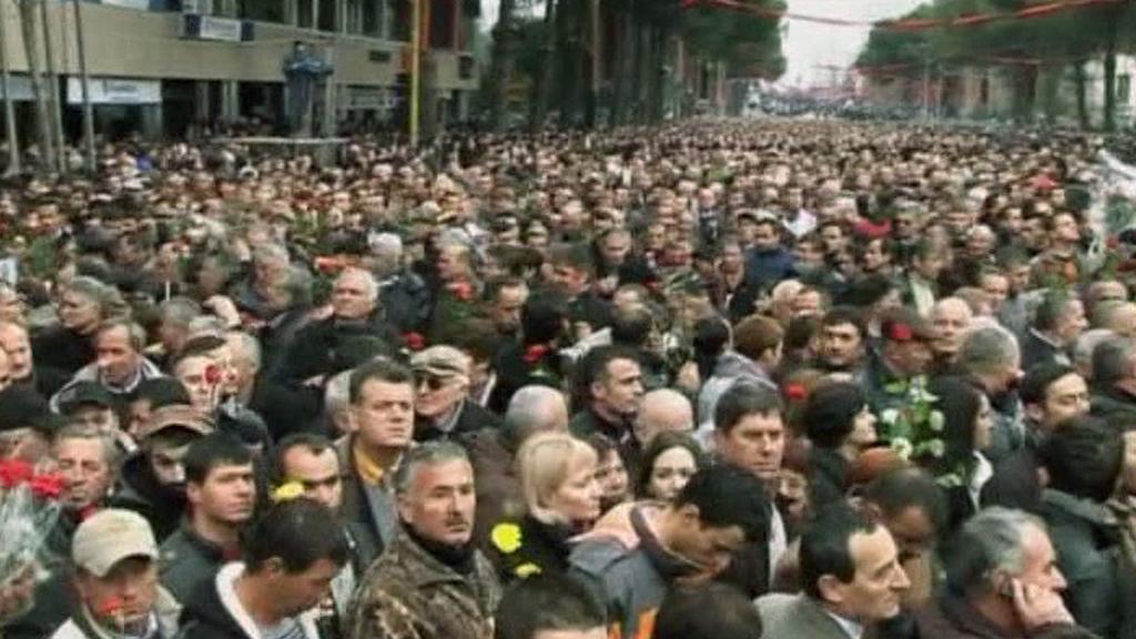 Demonstrace v Tiraně