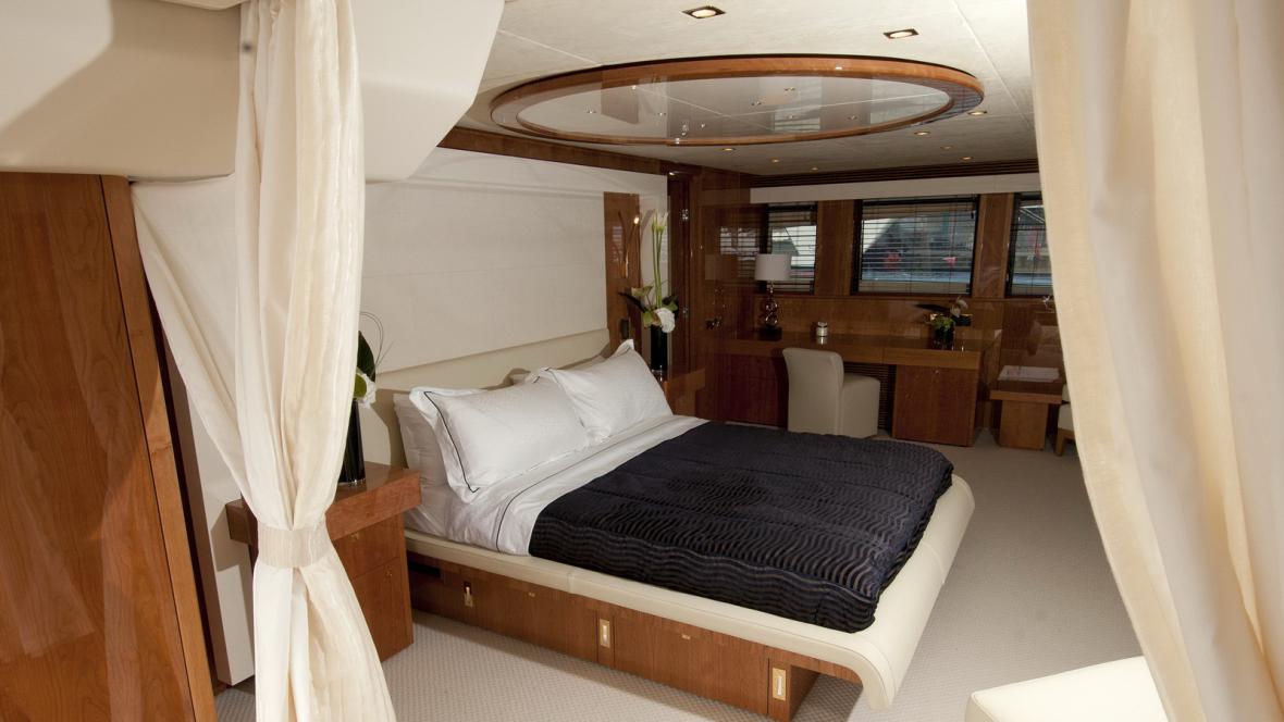 Ložnice na palubě jachty