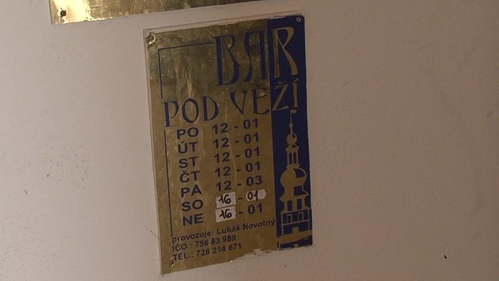 Boskovice chtějí omezit provozní dobu restaurací a nonstopů