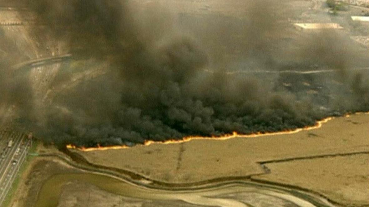 New Jersey, Tennessee a New York bojují s požáry