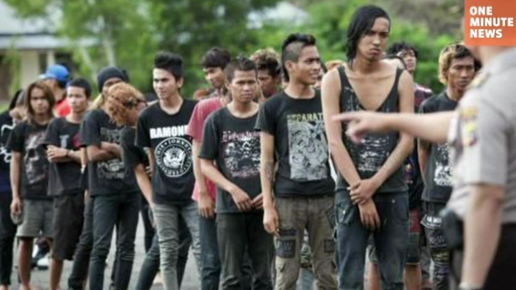 Převýchova punkerů v Indonésii