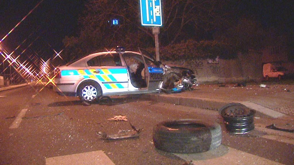 Nehoda policejního vozu