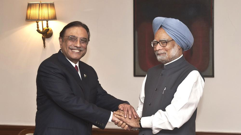 Ásif Alí Zardárí a Manmóhan Singh