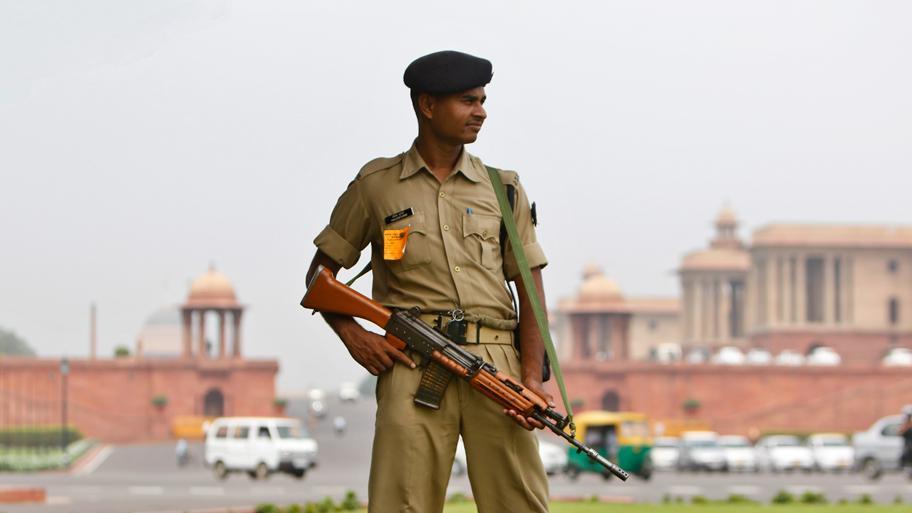 Vojenská hlídka v Indii