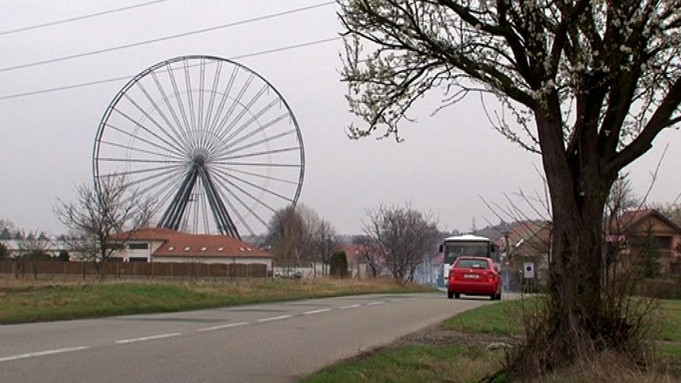 Ruské kolo, které zatím stojí v Újezdu u Brna