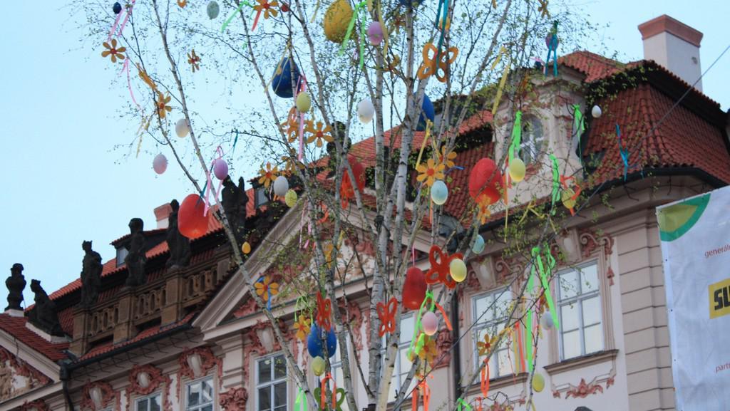 Velikonoční bříza na Staroměstkém náměstí