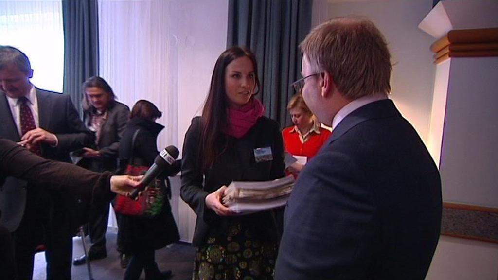 Předání petice ministru životního prostředí