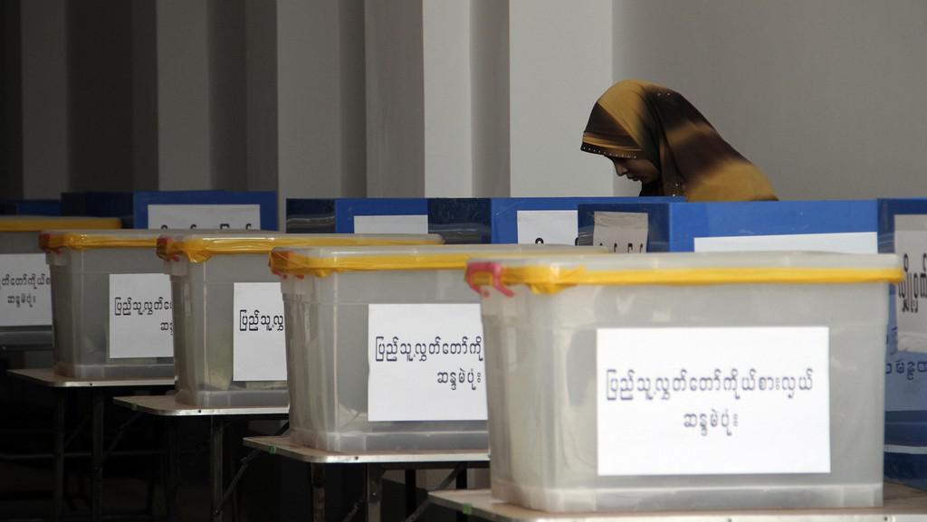 Doplňovací volby do barmského parlamentu