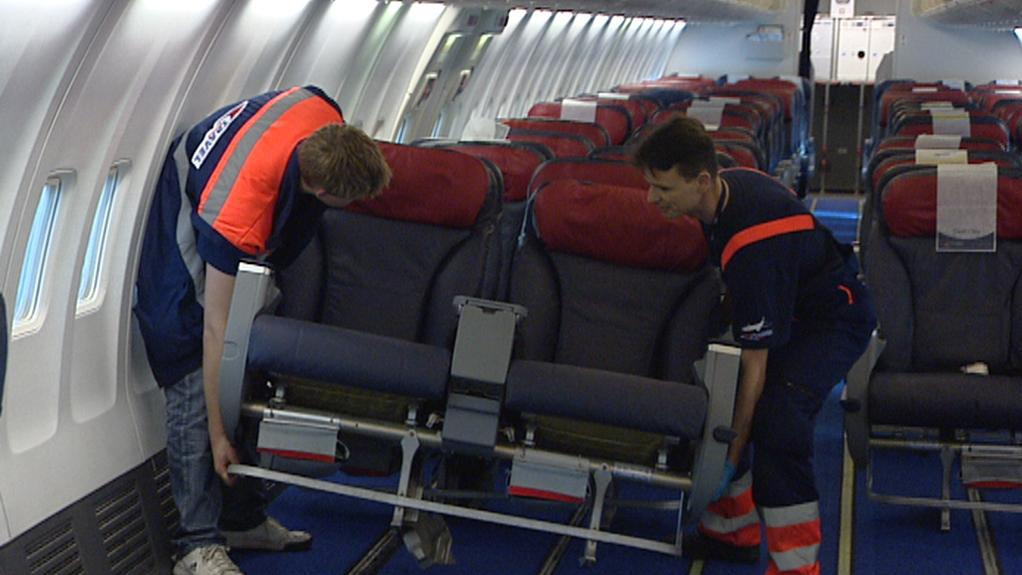 Výměna sedadel v letadle
