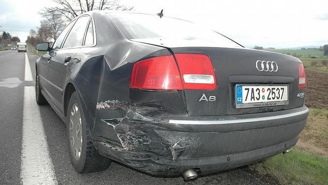 Havarované Audi premiéra Paroubka