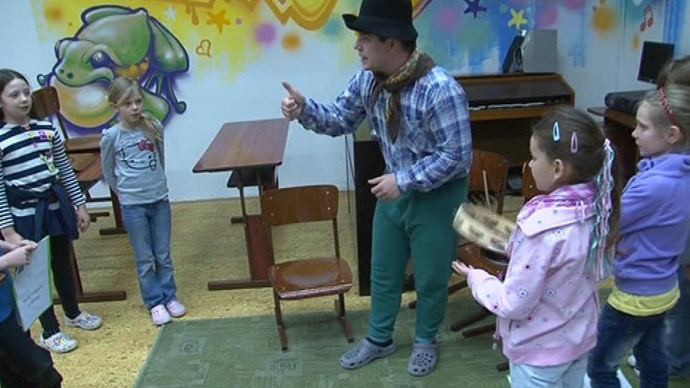 Noc s Andersenem má podpořit zájem dětí o čtení