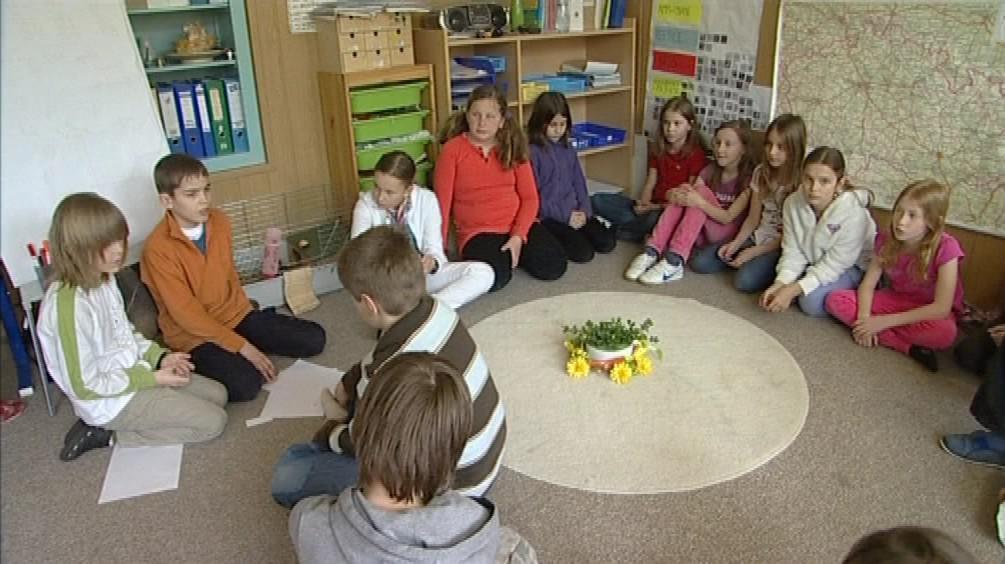 Děti v Montessori třídě