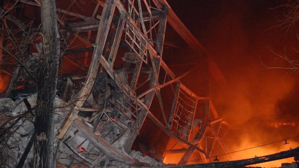 Požár skladu v Pardubicích