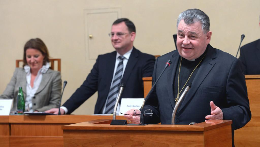 Dominik Duka na konferenci o restitucích