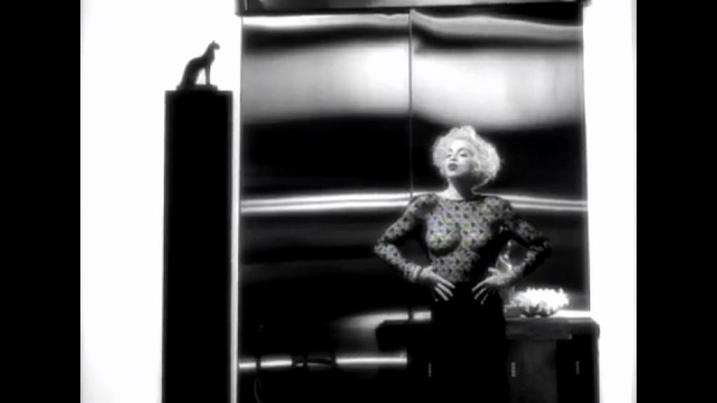 Madonna v klipu Vogue
