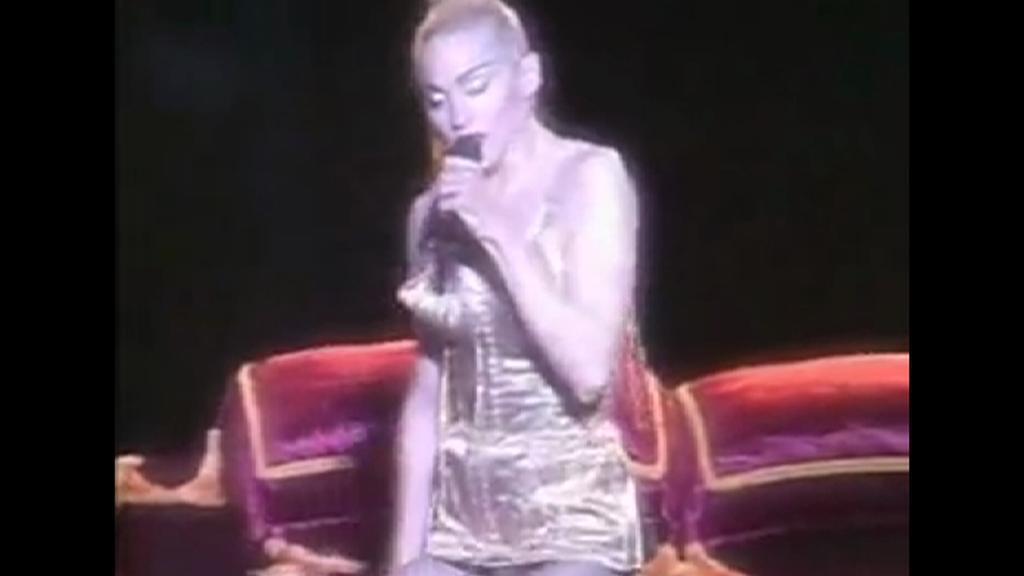 Madonna v kostýmu od Paula Gaultiera