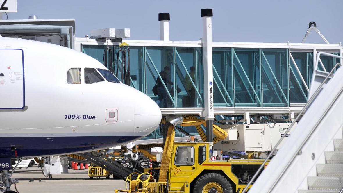 Letadlo JetBlue po přistání v Amarillu